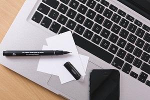 WEBサイトのスマホ対応の必要性とは?パソコンとの違いからわかるヒント